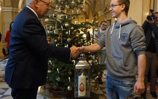 12-fl-2016-bundeshaus-vrenistaehlin