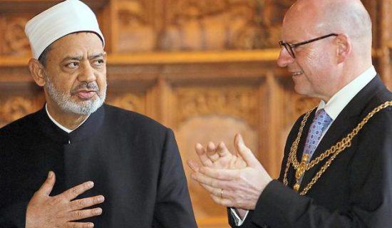 Gross-Imam-in-Muenster-Grossscheich-wird-im-Rathaus-empfangen_image_630_420f