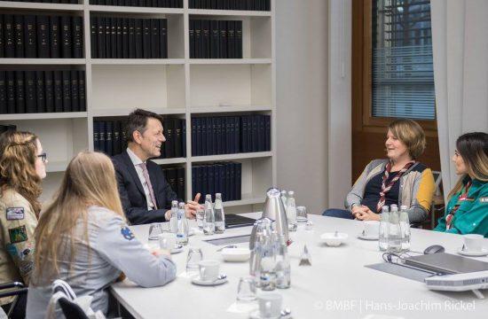 Im Gespräch mit Staatssekretär Dr. Schütte im BMBF