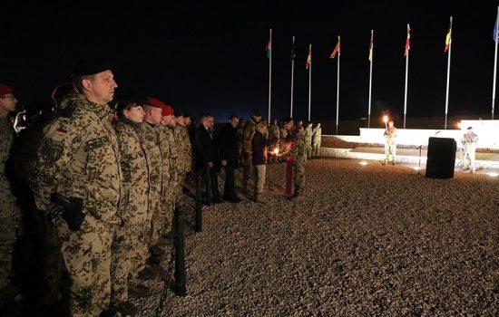 Verteidigungsministerin Ursula von der Leyen auf Truppenbesuch im Camp Marmalim Dezember 2018